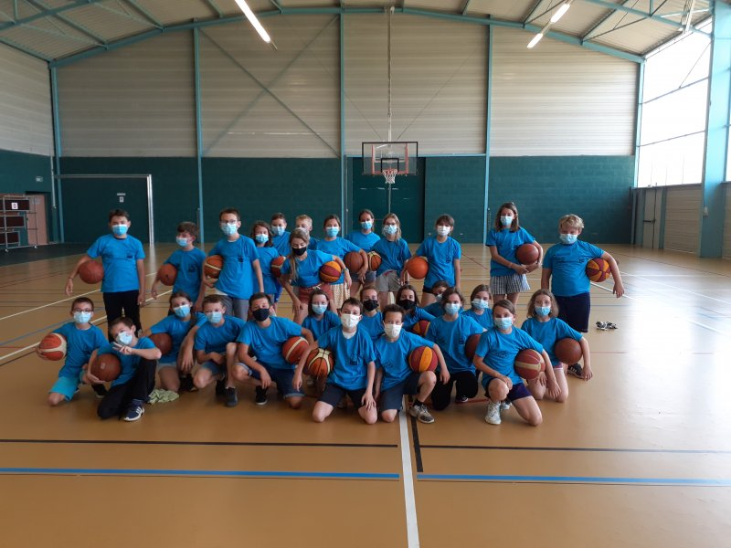 basketecolestandregouledoie1